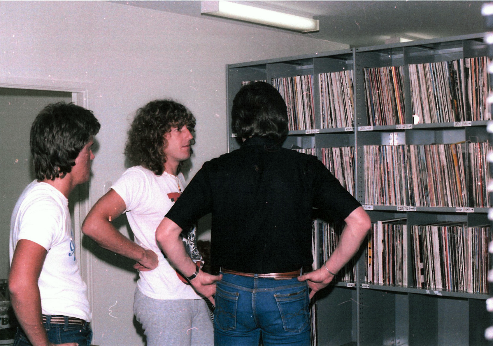 NODATE - Photo - Gary Roberts and John Hood in the Record Library - 16 Terrace Road.png